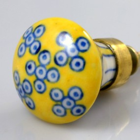 chic-ceramic-knob-white-and-blue-on-yellow-sga802-us9-50